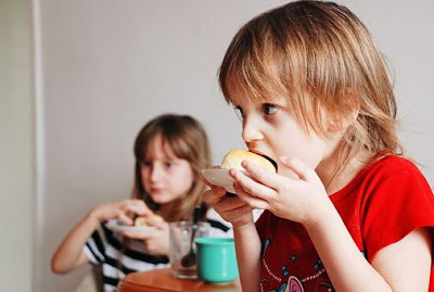 kids eating habits, Healthy Options while Dinning Out